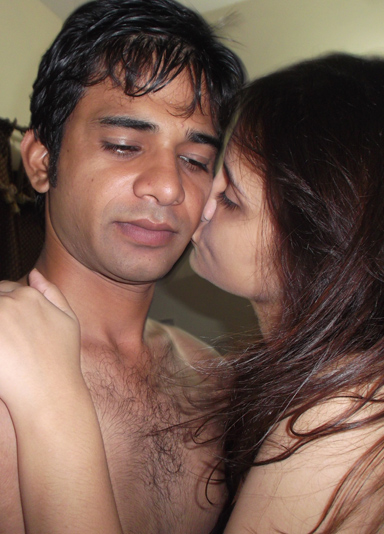 Young Hot Indian Wife Sonia Love Sex