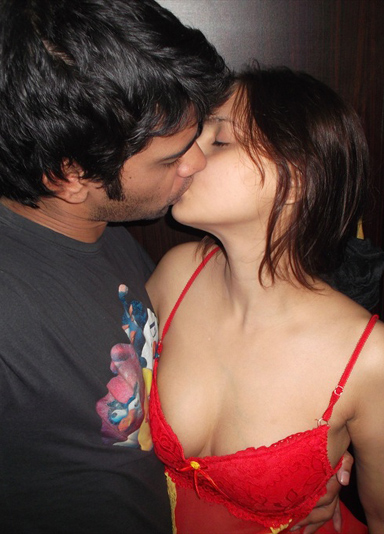 Indian Couple Passionate Kissing Sex