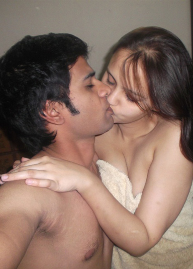 Hot nude indians kiss